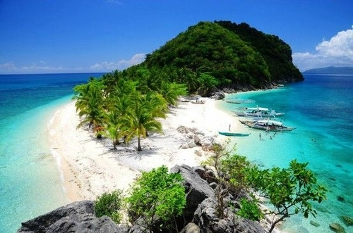 Isla de Gigantes in Iloilo