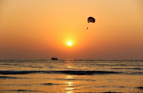 parasailing in boracay caticlan